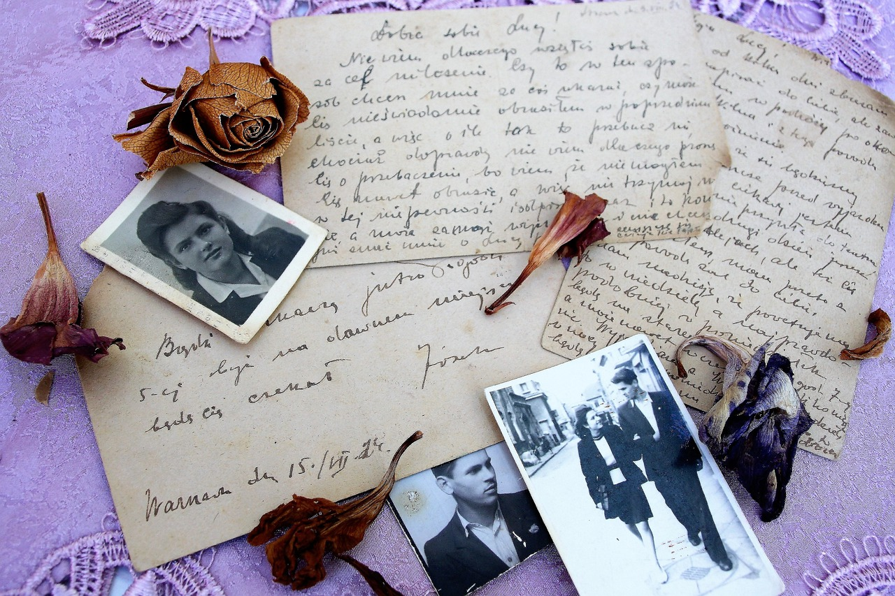 Old letters, photoes and dried flowers
